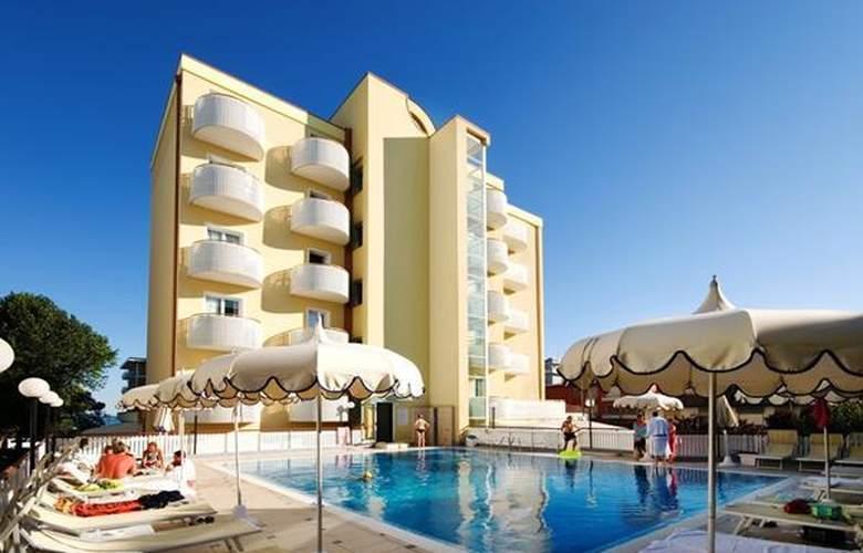 Salus - Hotel - 0