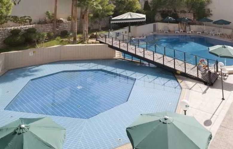 Holiday Inn Amman - Pool - 9