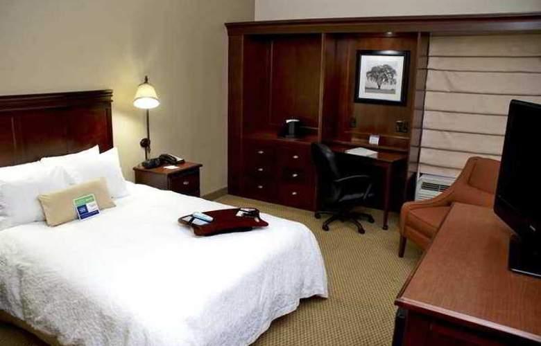 Hampton Inn Salisbury - Room - 3