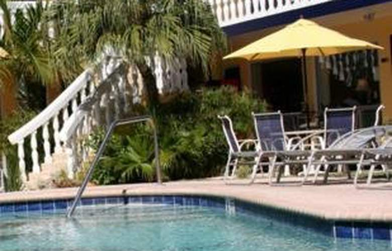 Cheston House - Pool - 5