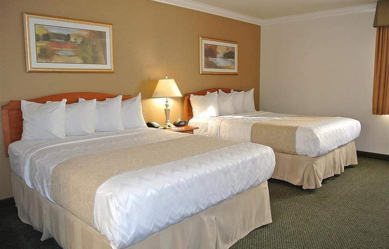 Best Western Town & Country Hotel - Room - 3