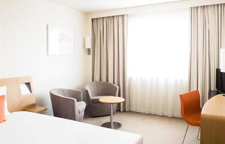 Novotel Toulouse Purpan Aeroport - Room - 1
