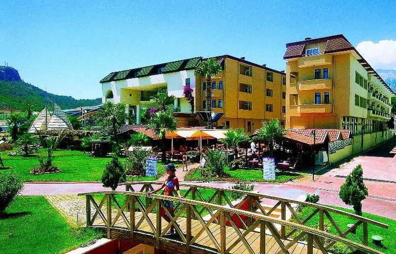 Dragos Beach - Hotel - 0