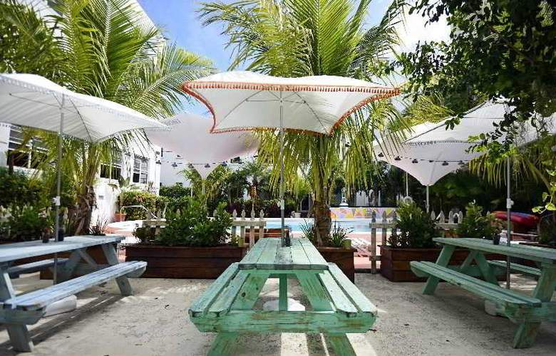 South Beach Hotel - Pool - 18
