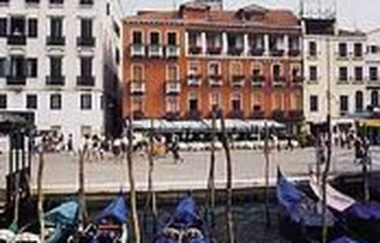 Savoia & Jolanda - Hotel - 0