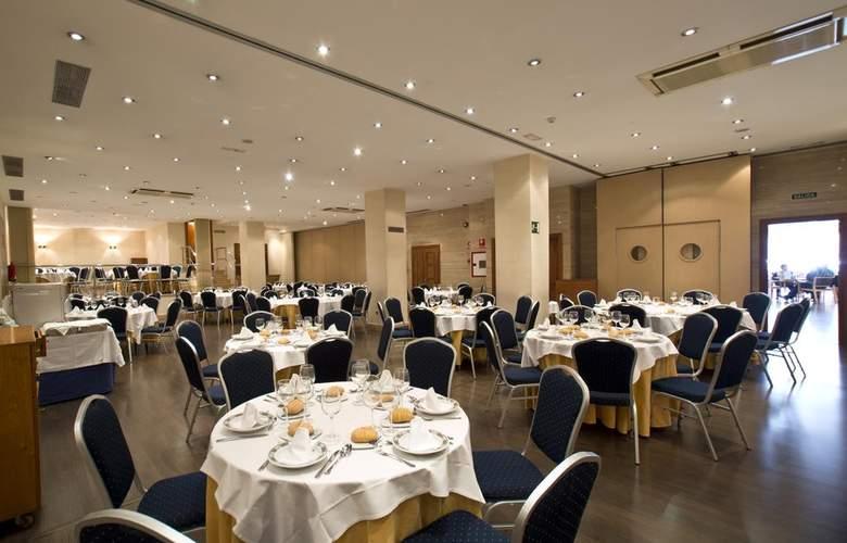 Occidental Granada - Conference - 17