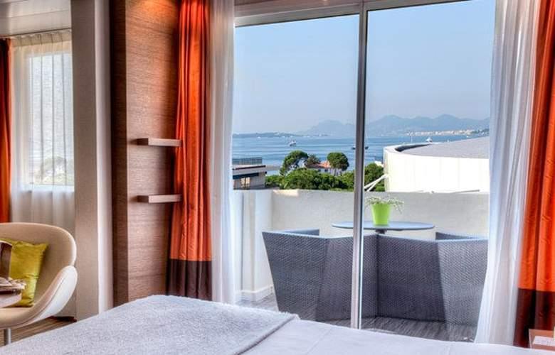 AC Hotel Ambassadeur Antibes - Juan les Pins - Room - 16