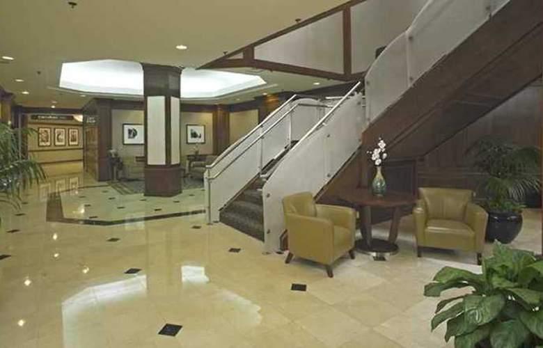 Hilton Crystal City at Washington  Reagan - Hotel - 0