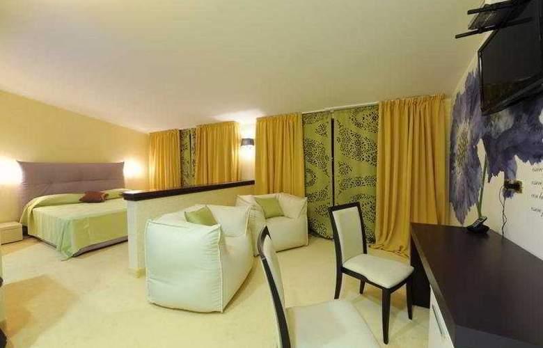 Grand Hotel Paradiso - Room - 2