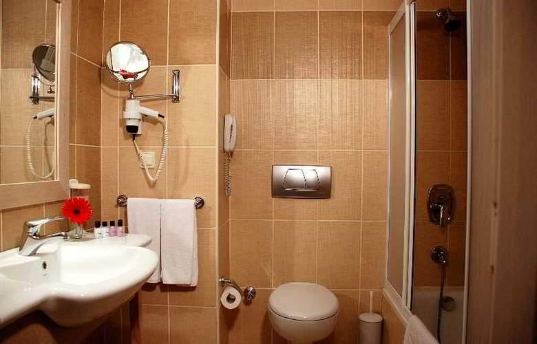 SIDE BREEZE HOTEL - Room - 14