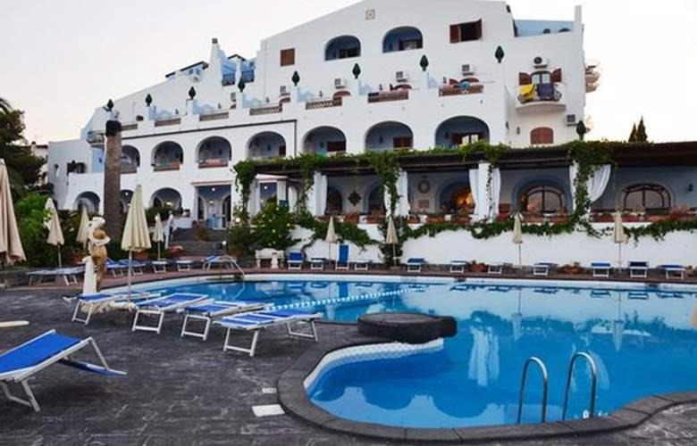 Arathena Rocks - Hotel - 0
