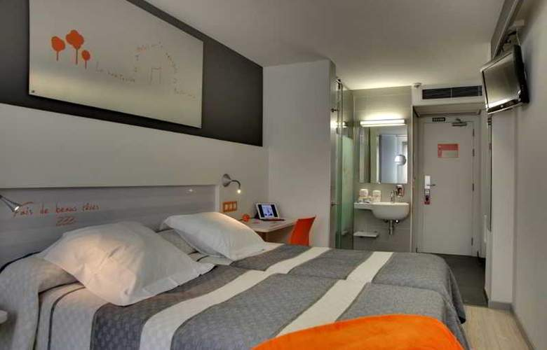 Bed4u Pamplona - Room - 9