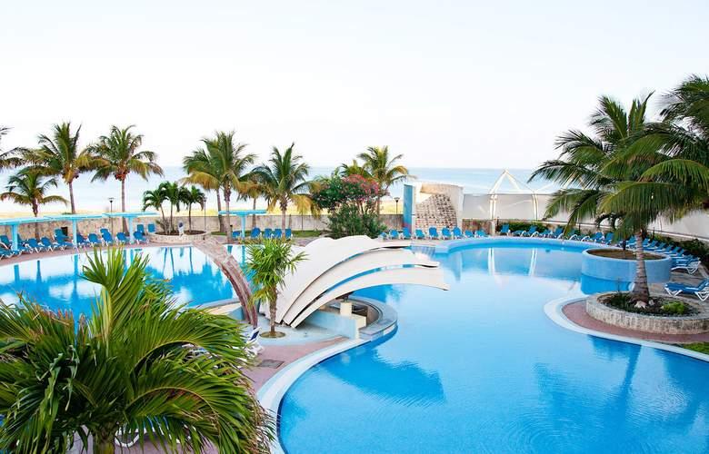 H10 Habana Panorama - Pool - 22