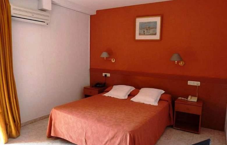 San Martin - Room - 8