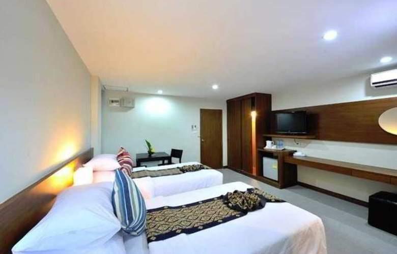 Patong Bay Resotel - Room - 2