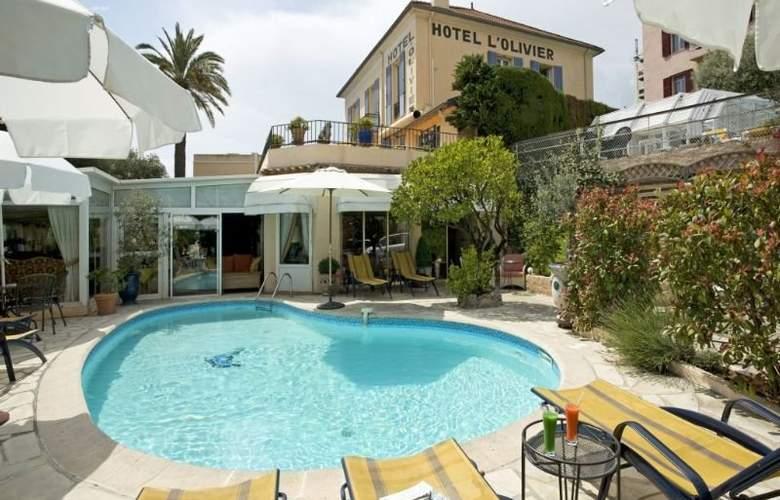 Olivier Hotel - Pool - 3