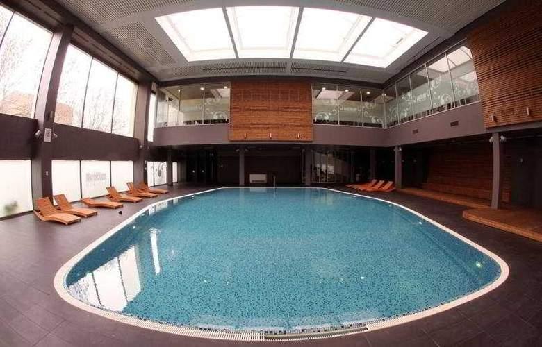 Westin Zagreb - Pool - 2