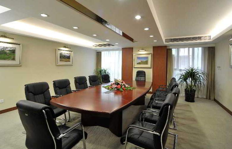 New harbour Service Apartments - Conference - 10