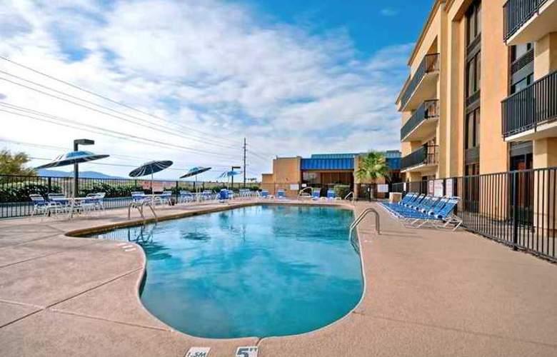 Hampton Inn Lake Havasu City - Hotel - 13