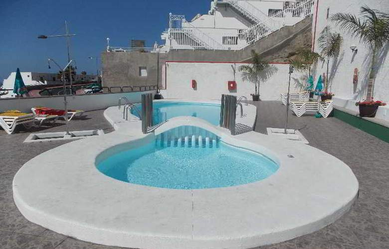 Montesol - Pool - 17