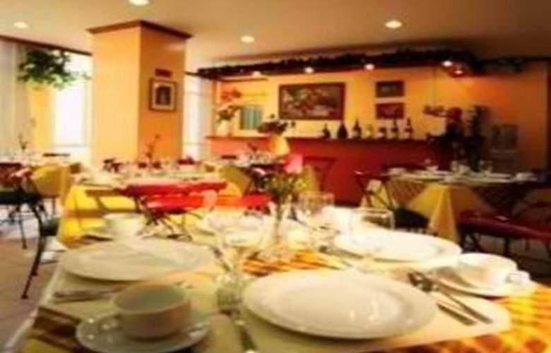 Rosas Garden Hotel - Restaurant - 4