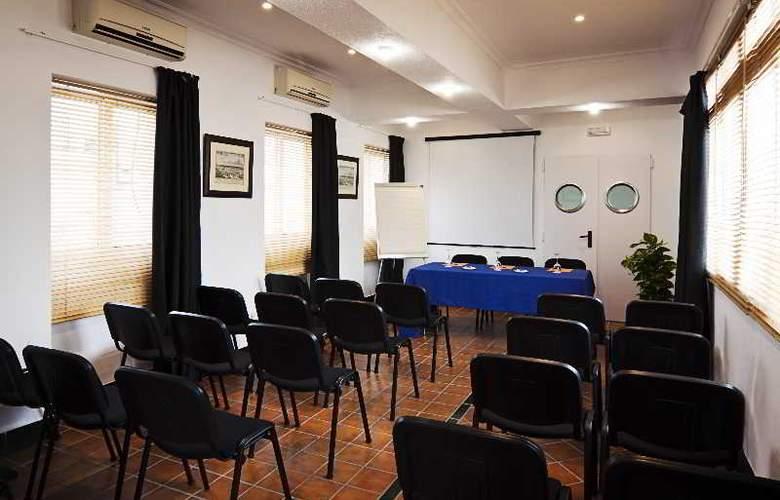 Las Casas de los Mercaderes - Conference - 18