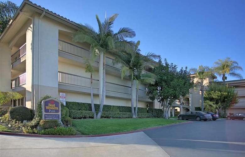 Best Western Plus Orange County Airport North - Hotel - 42
