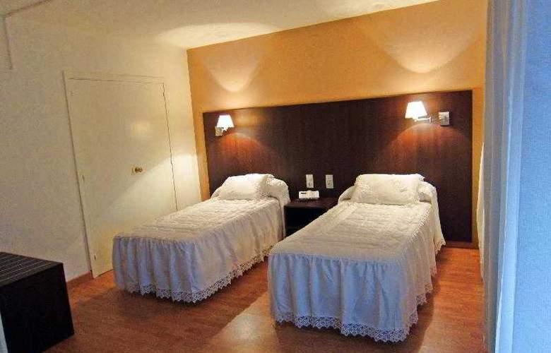 Acebos-Azabache Gijón - Room - 1