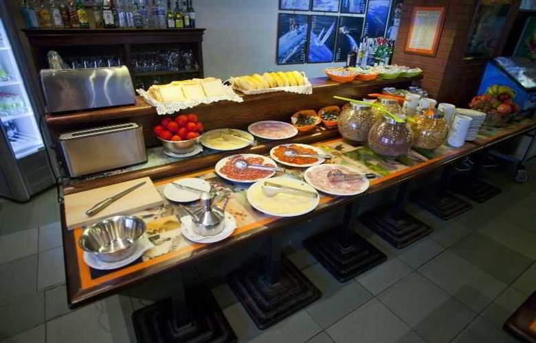 Sercotel Subur - Restaurant - 23