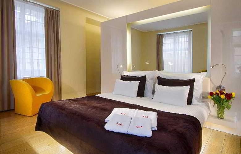 Three Storks Hotel - Room - 13