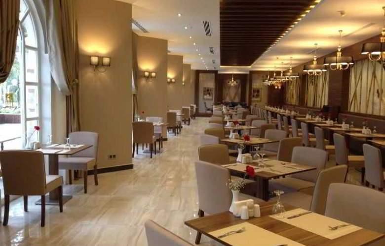 Letoonia Golf Resort - Restaurant - 10