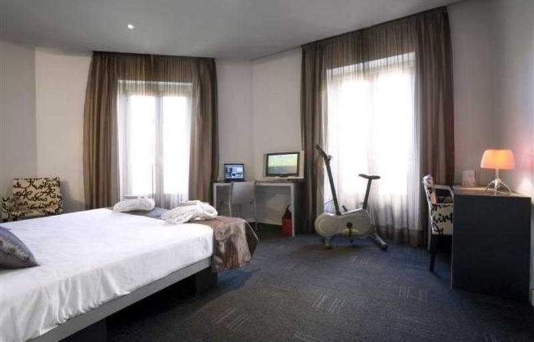 ICON Wipton by Petit Palace - Room - 2