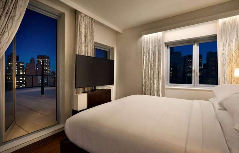 Embassy Suites by Hilton NewYork Manhattan Times Square - Room - 2