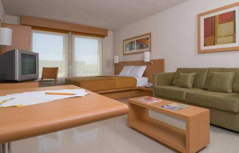 City Express Mazatlan - Room - 1