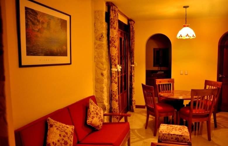 Cancun International Suites - Room - 4