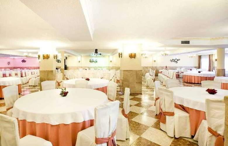 Hotel Apartamentos Veramar - Restaurant - 16