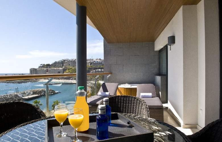 Radisson Blu Resort Gran Canaria - Terrace - 3