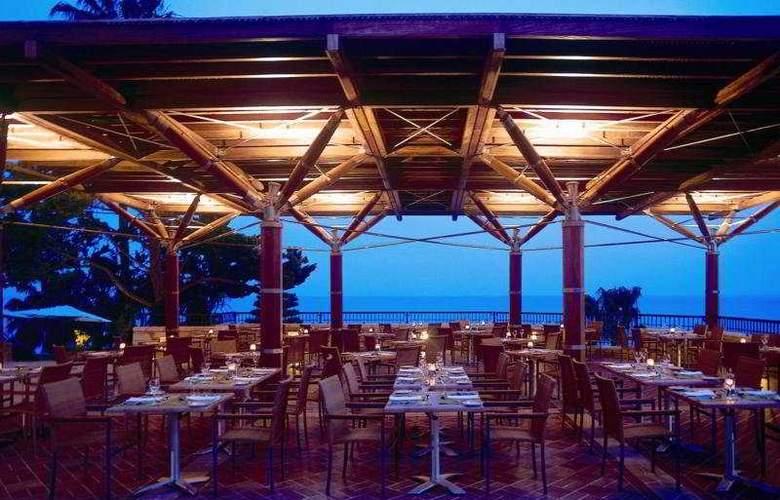 Columbia Beach Hotel - Restaurant - 4
