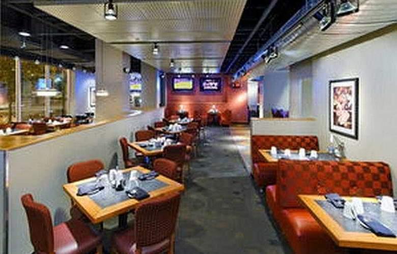 Crowne Plaza St Louis Clayton - Restaurant - 5