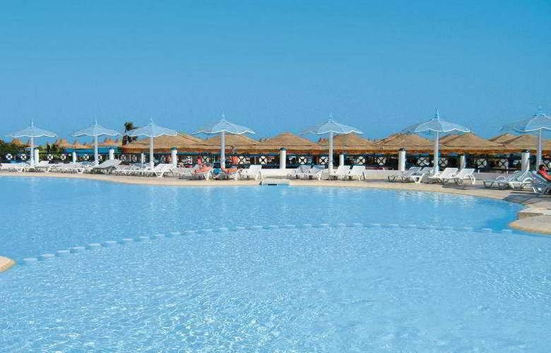 Aladdin Beach - Pool - 4