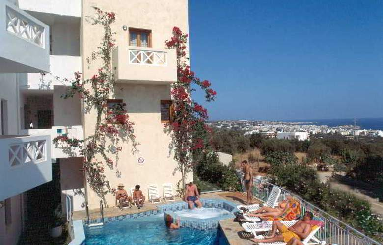 Romantica Hotel Apartments - Pool - 18