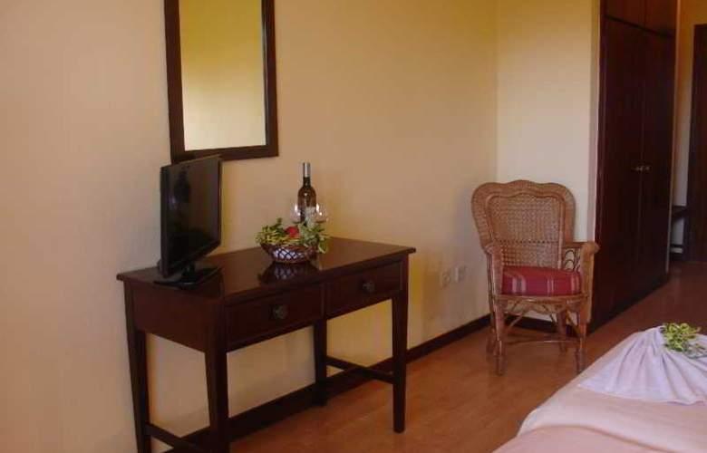 Inn & Art Casa de Chá dos Prazeres - Room - 9