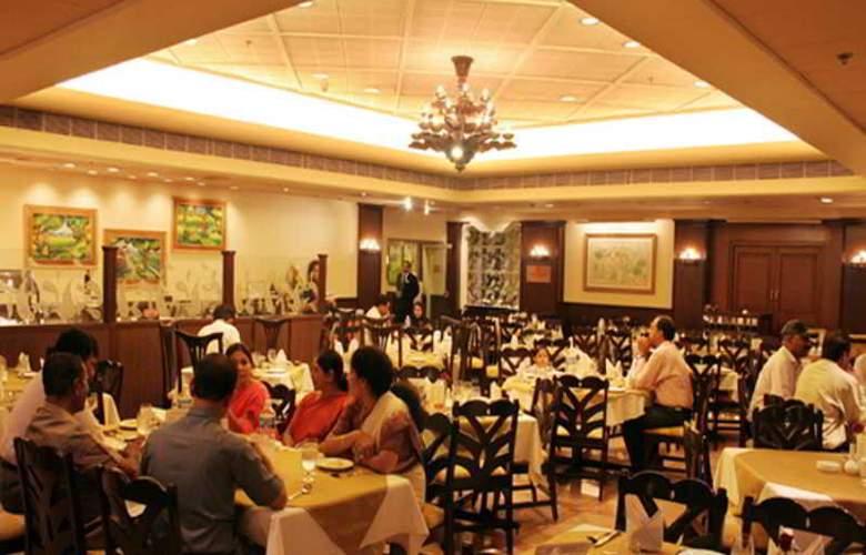 Welcomehotel Rama International - Restaurant - 11