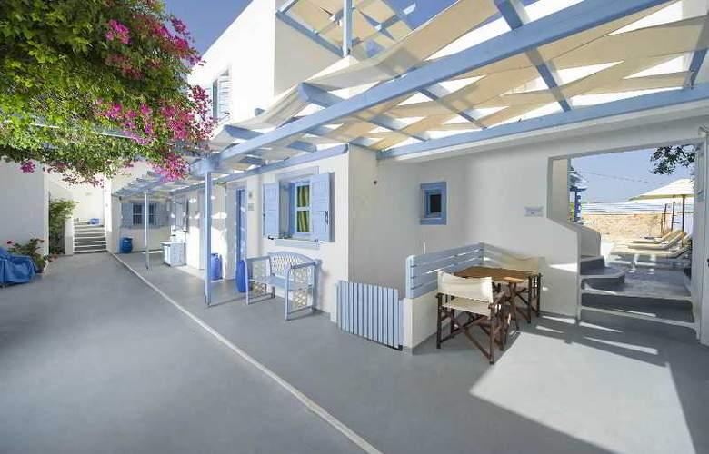 Amelie Santorini Hotel - Terrace - 12