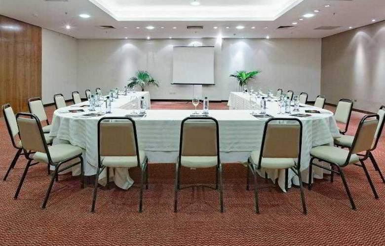 Crowne Plaza Asuncion - Hotel - 10