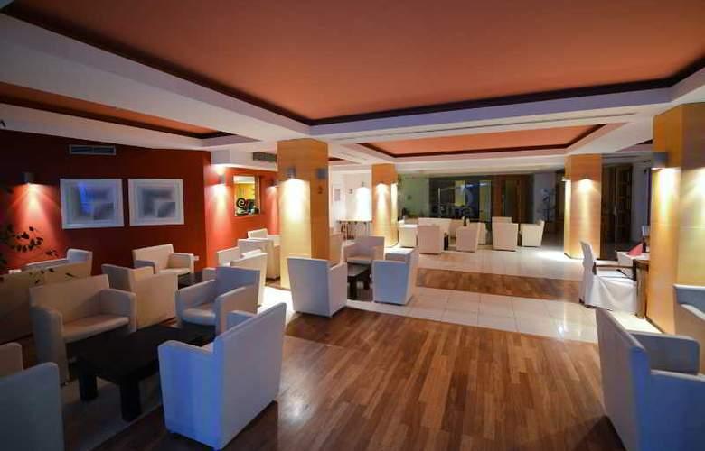 Luna Island Hotel - Hotel - 0