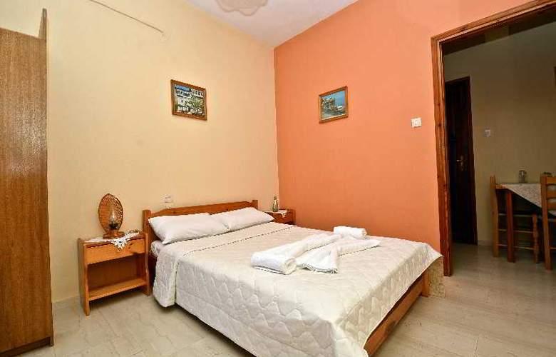 Nina Apartment - Room - 13