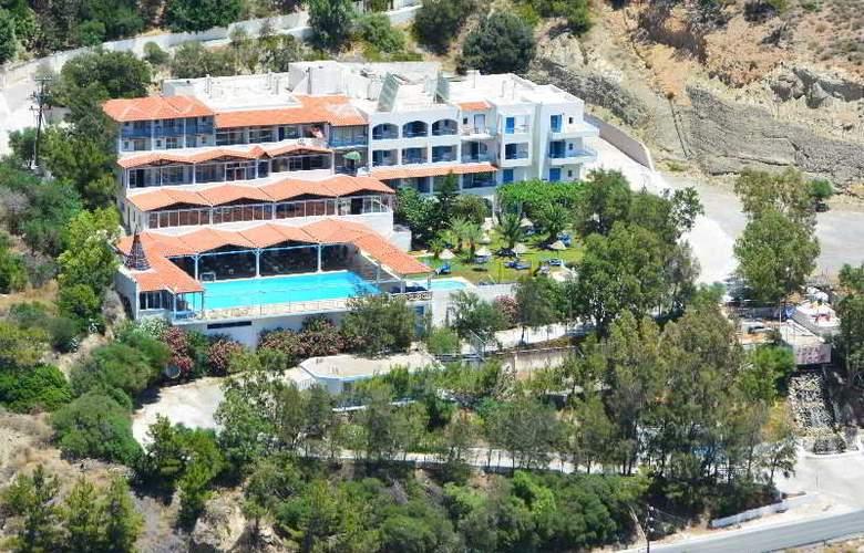 Eden Rock Village Hotel - Hotel - 4