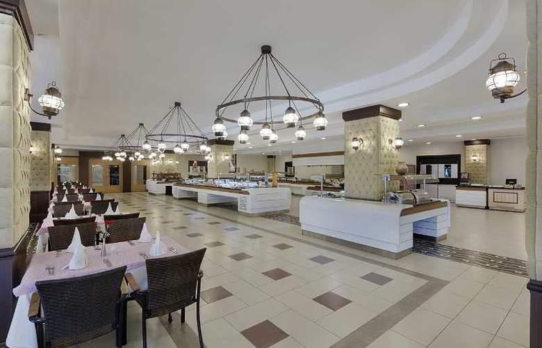 Alba Royal - Restaurant - 23
