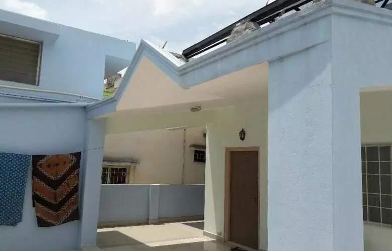 Sai Ganga Putra - Hotel - 2